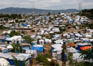 seisme en haiti tente